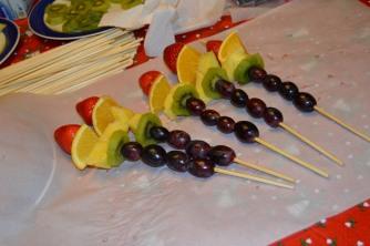 Fruit Kabobs (1280x851)